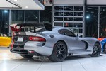 Production (Stock) Dodge Viper, Dodge Viper - Used 2016 Dodge Viper ACR Coupe EXTERIOR & INTERIOR CARBON ... Source: <a href='https://www.chicagomotorcars.com/2016-dodge-viper-acr-coupe-exterior-interior-carbon-fiber-c-5711.htm' target='_blank'>https://www.chicagomotorcars.com/...</a>