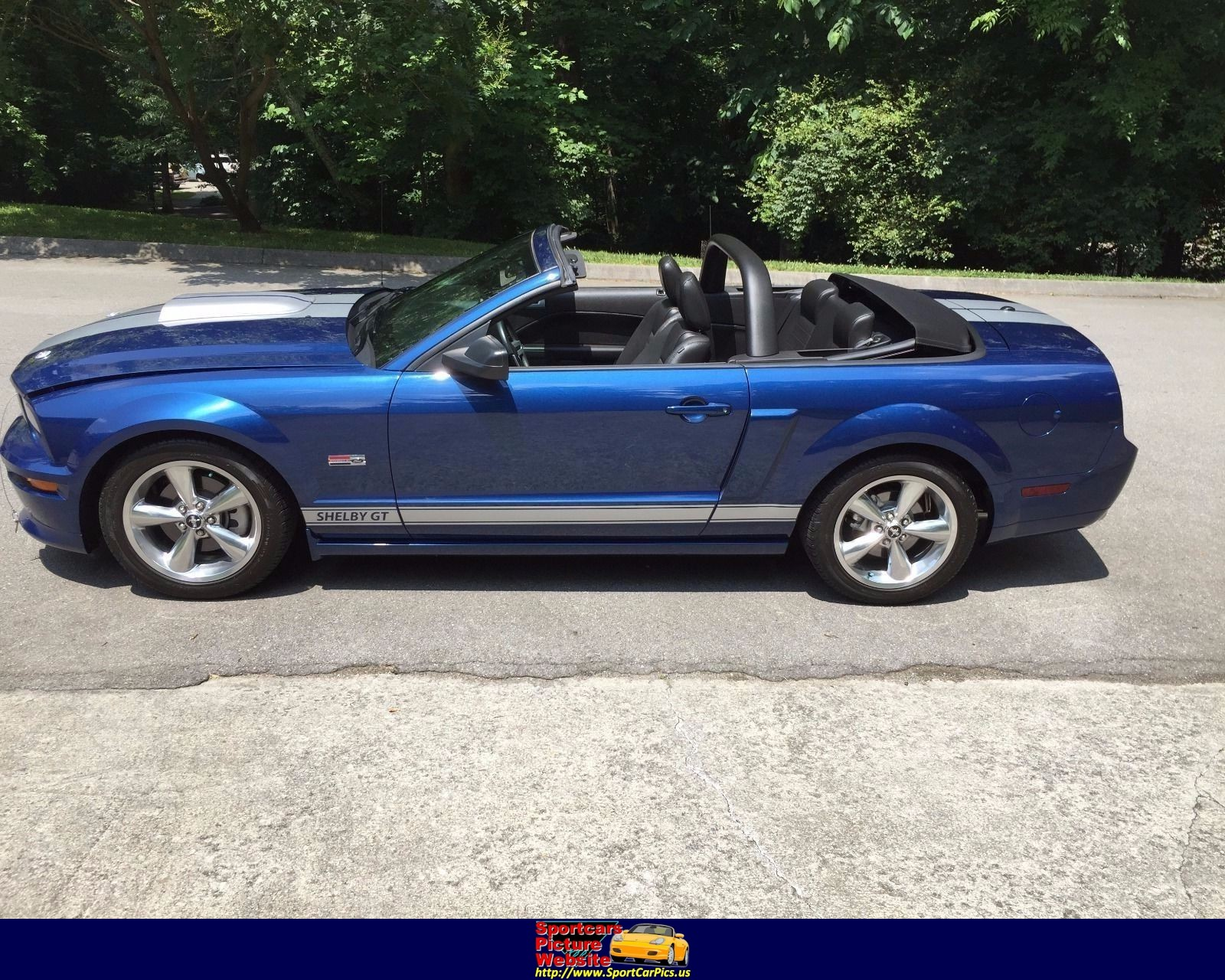 Ford Mustang - ID: 224837