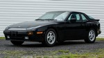 Production (Stock) Porsche 944, Porsche 944 - 1982 Porsche 944 (US) - Wallpapers and HD Images | Car Pixel Source: <a href='https://www.carpixel.net/wallpapers/10360/1982-porsche-944-us.html' target='_blank'>https://www.carpixel.net/...</a>