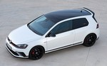 Production (Stock) Volkswagen Golf GTI, Volkswagen Golf GTI - The Clarkson Review: 2016 Volkswagen Golf GTI Clubsport ... Source: <a href='https://www.driving.co.uk/car-reviews/clarkson/clarkson-review-2016-volkswagen-golf-gti-clubsport-edition-40/' target='_blank'>https://www.driving.co.uk/...</a>